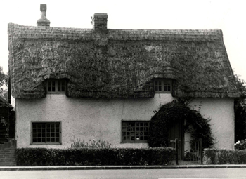 8 Bedford Road - Dorchester Cottage in 1960 [Z53/5/12]